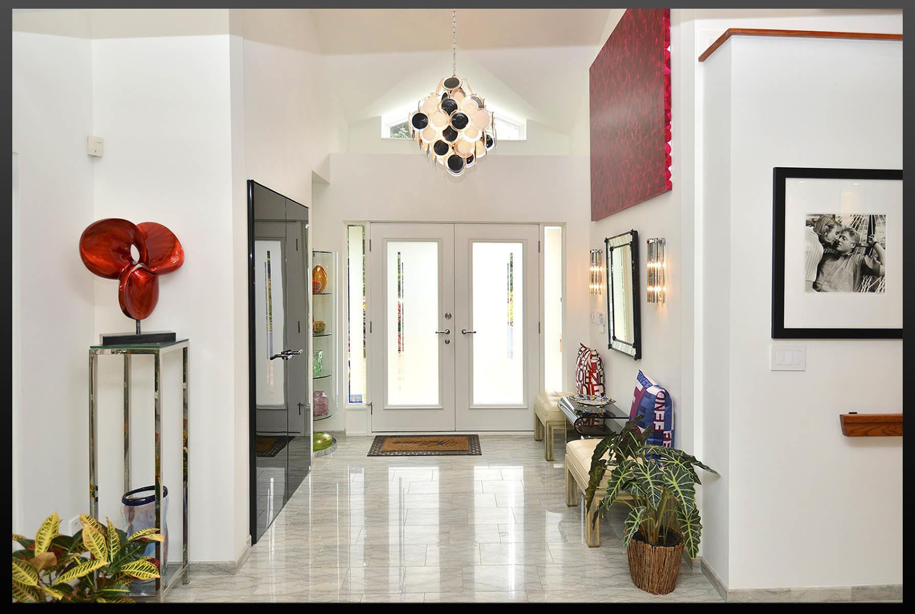 Real Estate Foyer